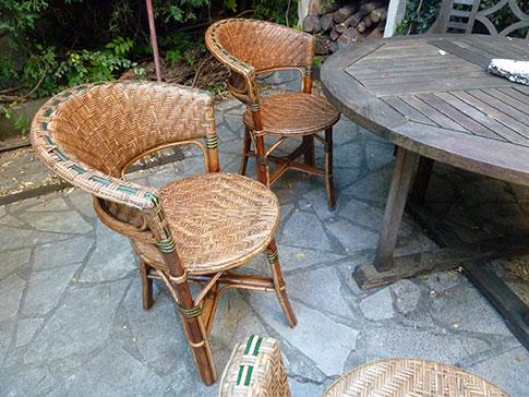 chaises vendre jean jacques birg. Black Bedroom Furniture Sets. Home Design Ideas